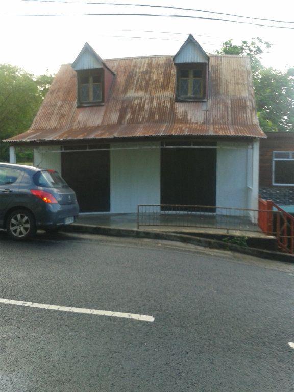 Maison à vendre 5 0m2 à Basse-Terre vignette-2