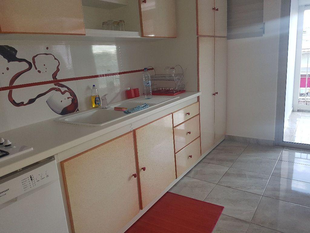 Appartement à vendre 4 75.9m2 à Pointe-à-Pitre vignette-1