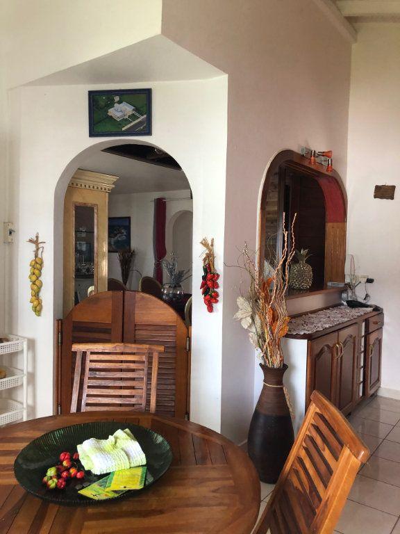 Maison à louer 5 190m2 à Lamentin vignette-7