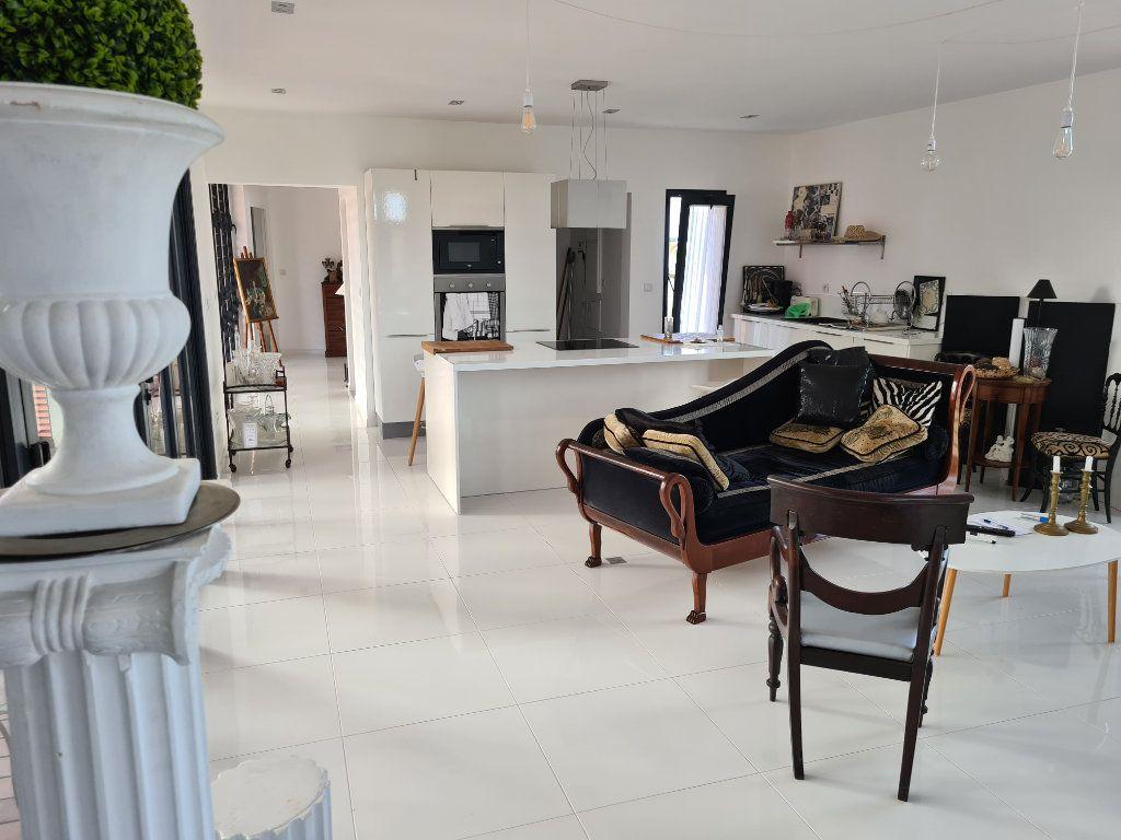 Maison à vendre 5 136m2 à Anse-Bertrand vignette-2
