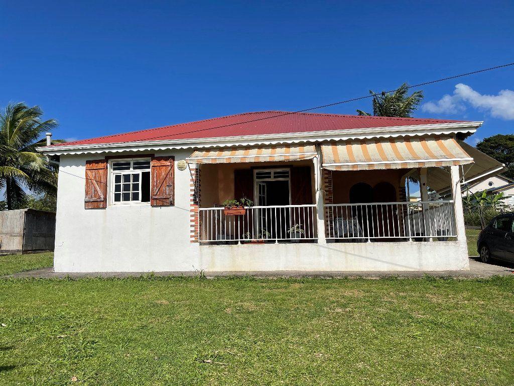 Maison à vendre 3 72.9m2 à Baie-Mahault vignette-1