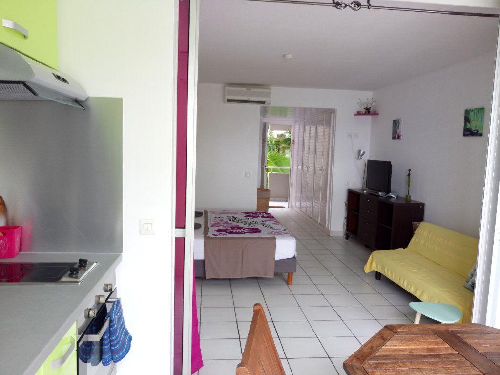 Appartement à louer 1 26.34m2 à Le Gosier vignette-3