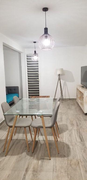 Appartement à louer 3 60.08m2 à Le Gosier vignette-1