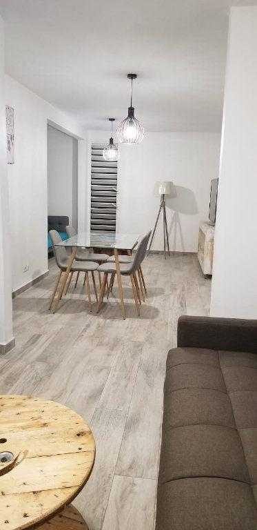 Appartement à louer 3 60.08m2 à Le Gosier vignette-10