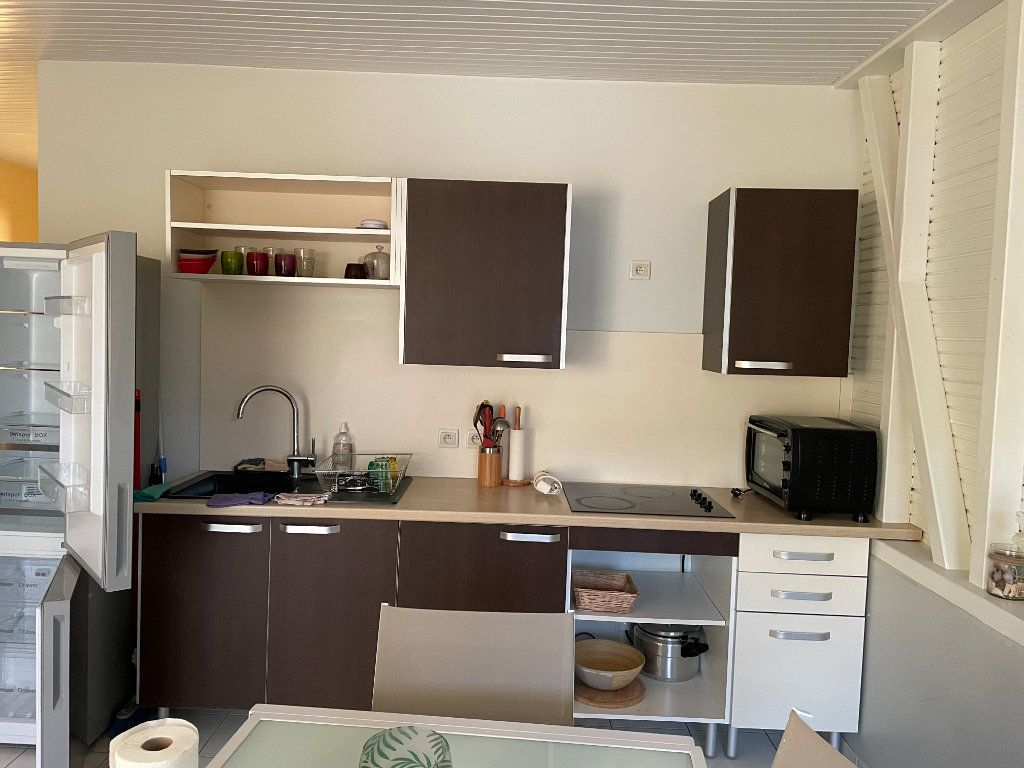 Appartement à louer 2 40.8m2 à Goyave vignette-3
