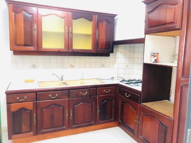 Appartement à louer 3 69.96m2 à Pointe-à-Pitre vignette-4