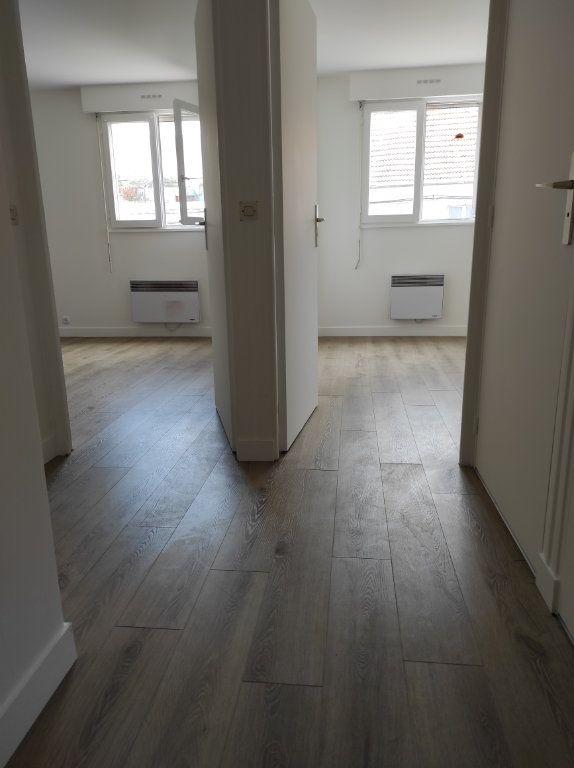 Appartement à louer 2 38m2 à Chennevières-sur-Marne vignette-7