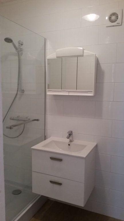 Appartement à louer 1 27m2 à Chennevières-sur-Marne vignette-5