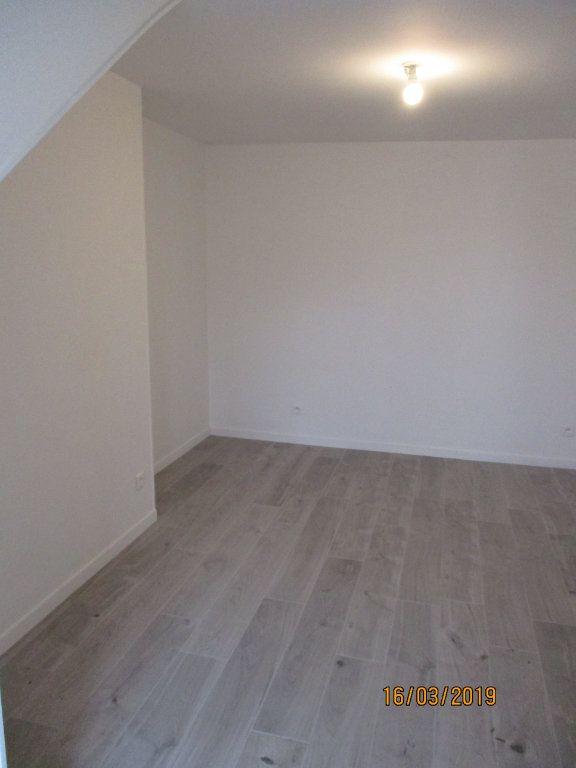 Appartement à louer 1 31.52m2 à Chennevières-sur-Marne vignette-2