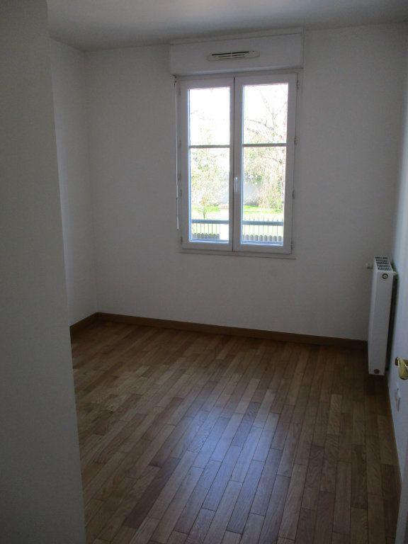 Appartement à louer 3 63.36m2 à Chennevières-sur-Marne vignette-7