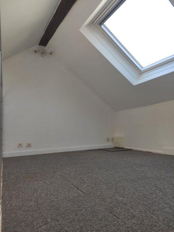 Appartement à louer 1 21.5m2 à Sucy-en-Brie vignette-3
