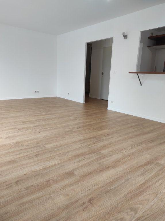 Appartement à louer 4 77.62m2 à Noiseau vignette-4