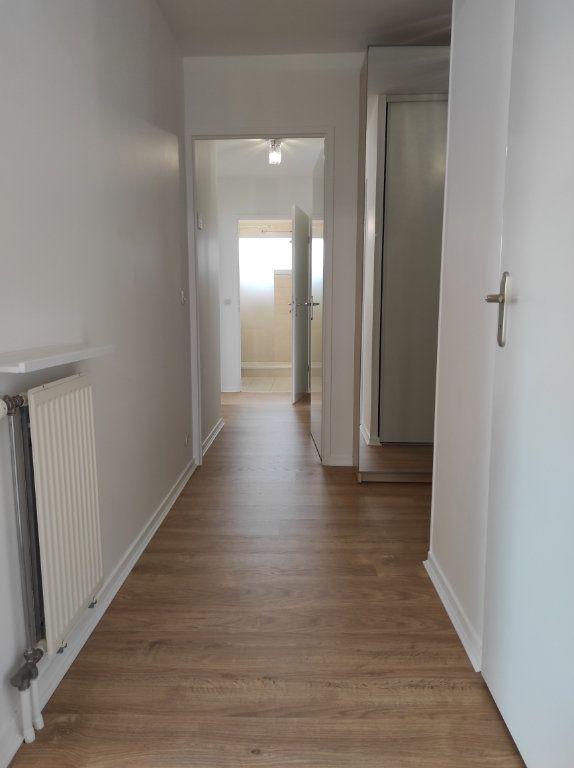 Appartement à louer 4 77.62m2 à Noiseau vignette-11