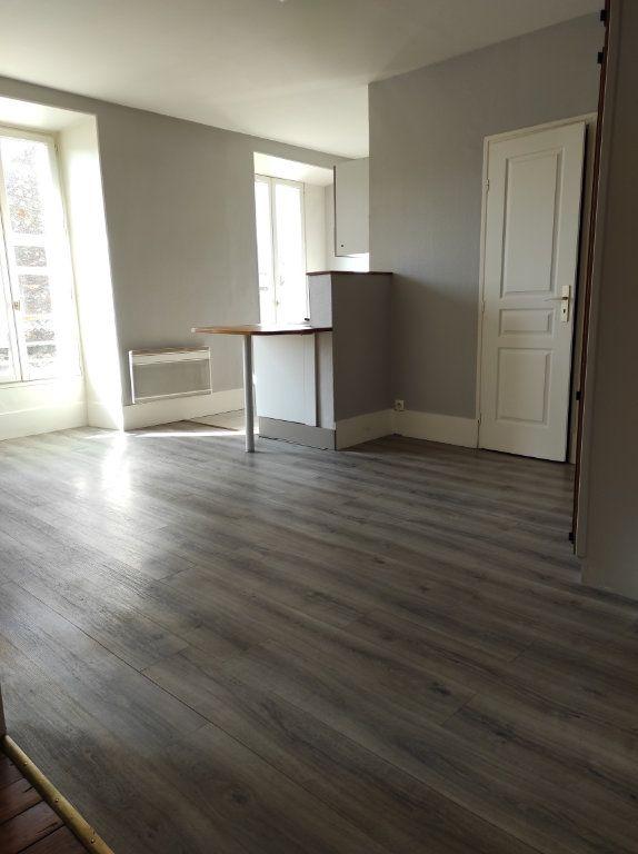 Appartement à louer 2 43.73m2 à Chennevières-sur-Marne vignette-2