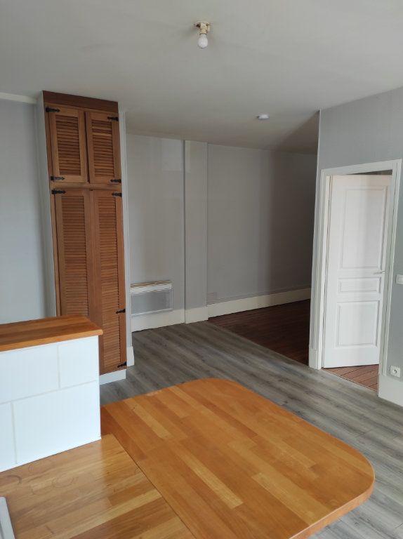 Appartement à louer 2 43.73m2 à Chennevières-sur-Marne vignette-4