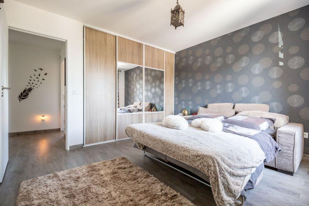 Maison à vendre 5 104m2 à Ormesson-sur-Marne vignette-6