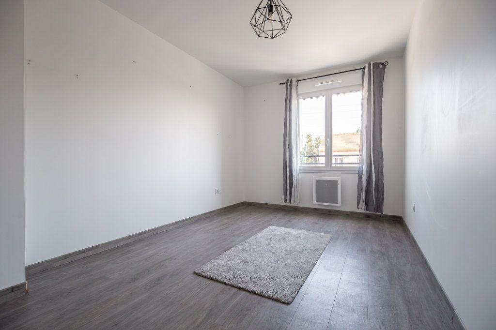 Maison à vendre 5 104m2 à Ormesson-sur-Marne vignette-8