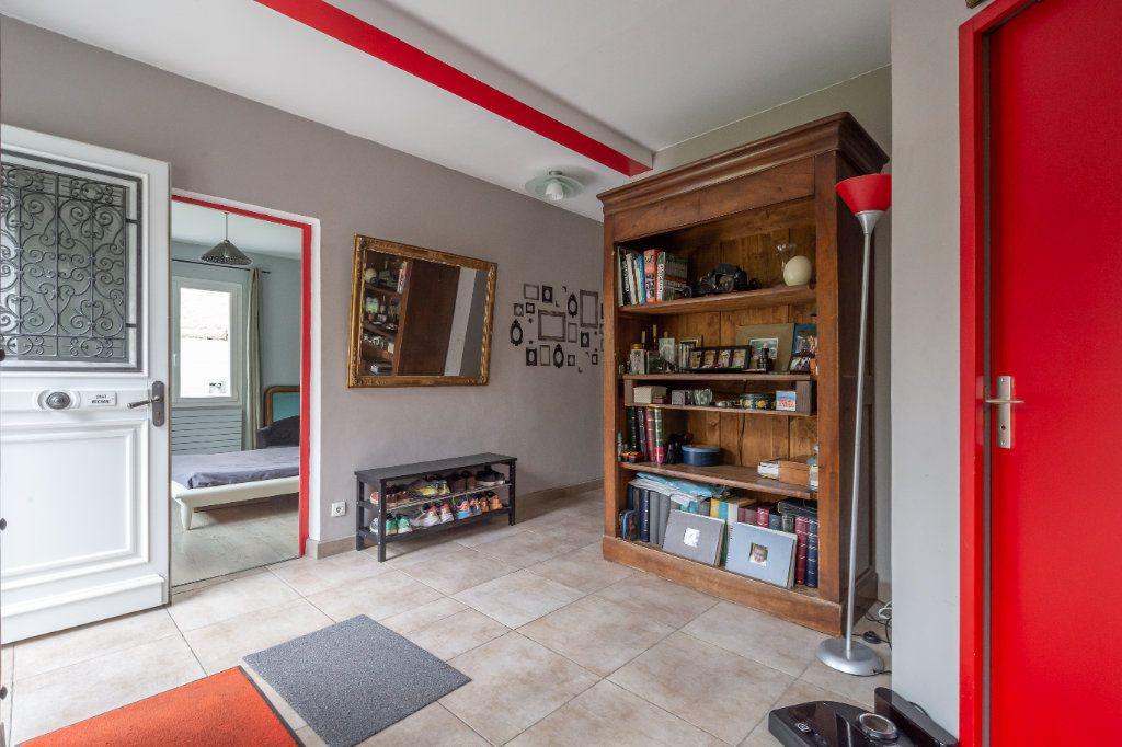 Maison à vendre 7 170m2 à Sucy-en-Brie vignette-3