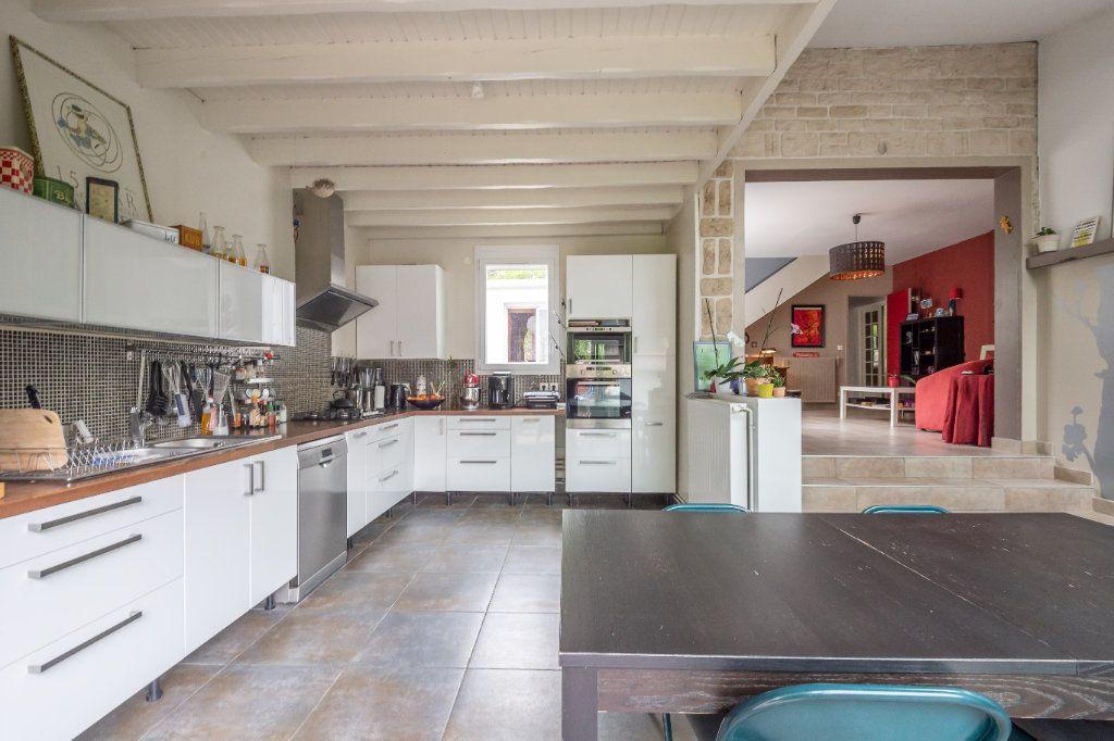 Maison à vendre 7 170m2 à Sucy-en-Brie vignette-5