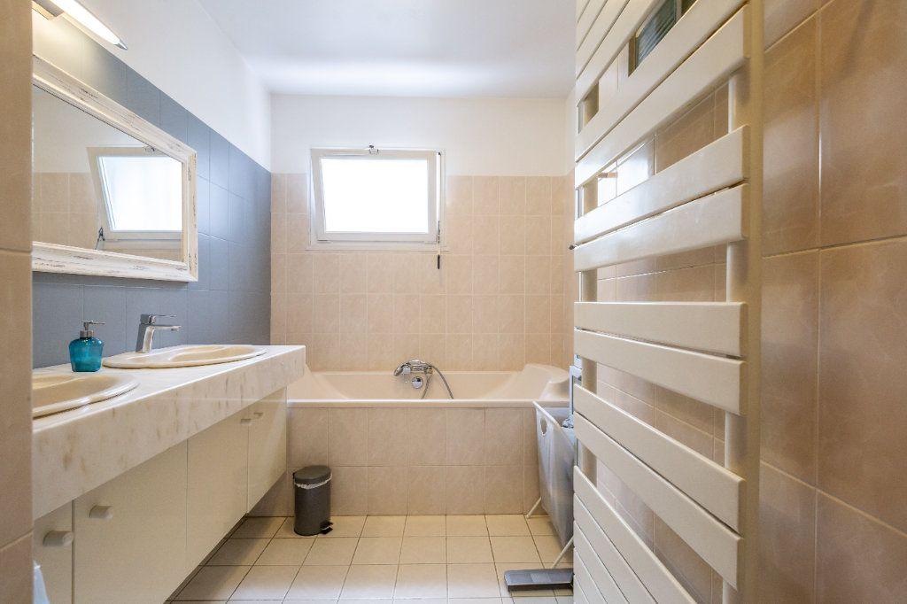 Maison à vendre 7 170m2 à Sucy-en-Brie vignette-12