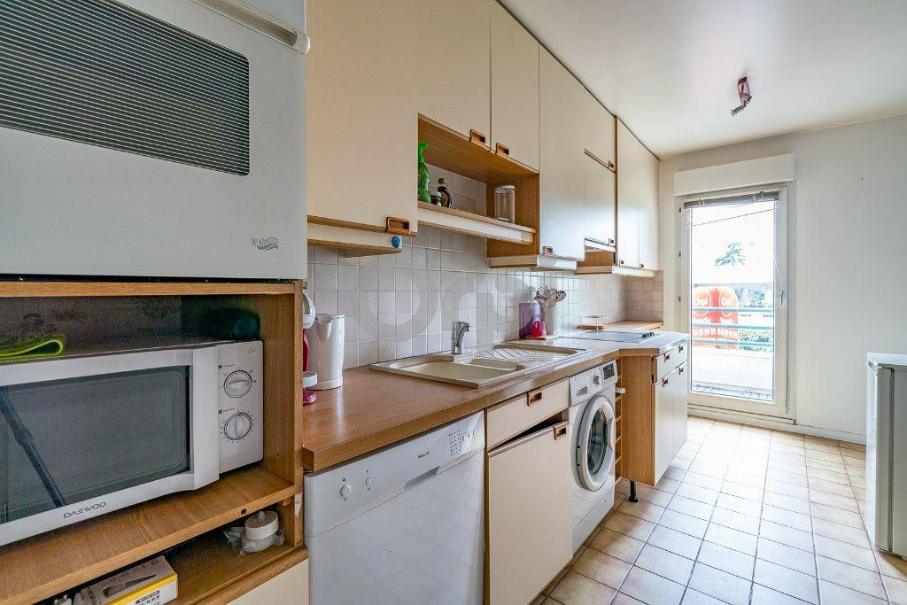 Appartement à vendre 3 67.05m2 à Limeil-Brévannes vignette-4