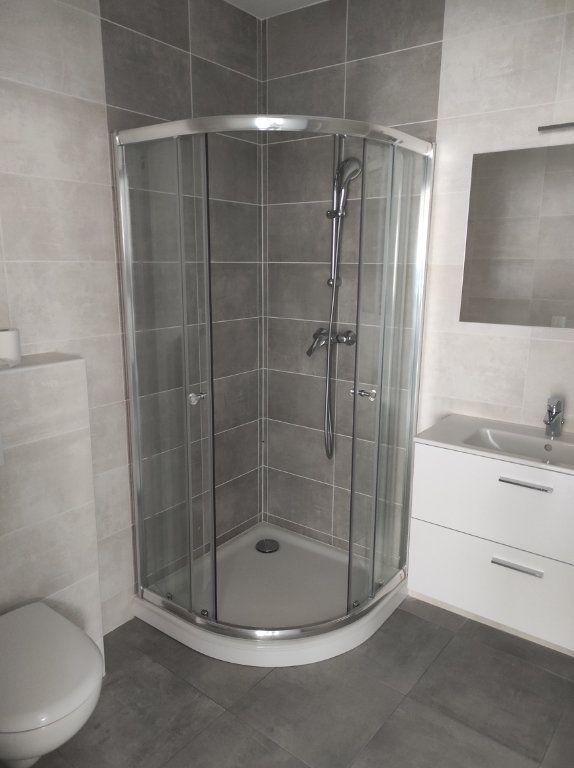 Appartement à louer 2 32.51m2 à Chennevières-sur-Marne vignette-4