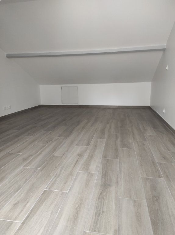 Appartement à louer 2 32.51m2 à Chennevières-sur-Marne vignette-6