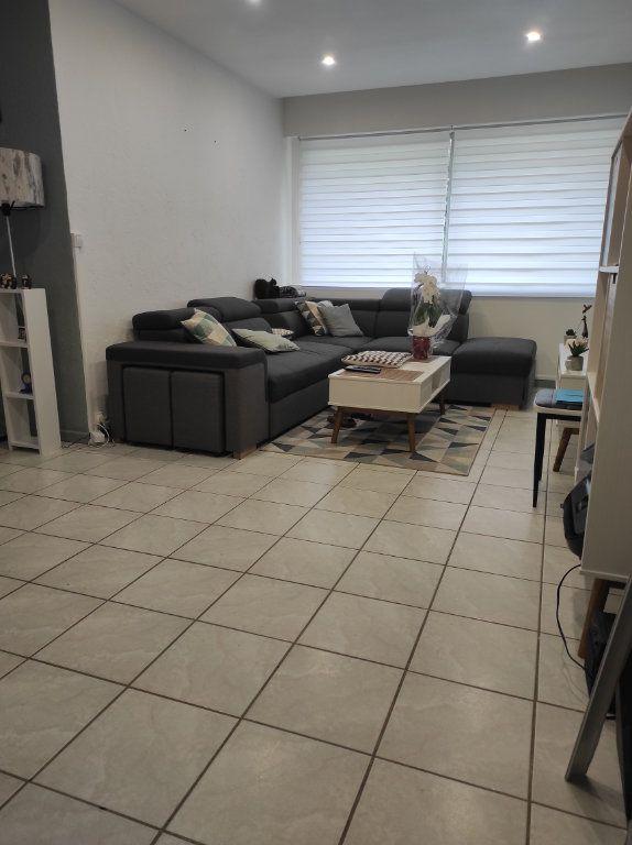 Appartement à louer 3 63.08m2 à Boussy-Saint-Antoine vignette-1