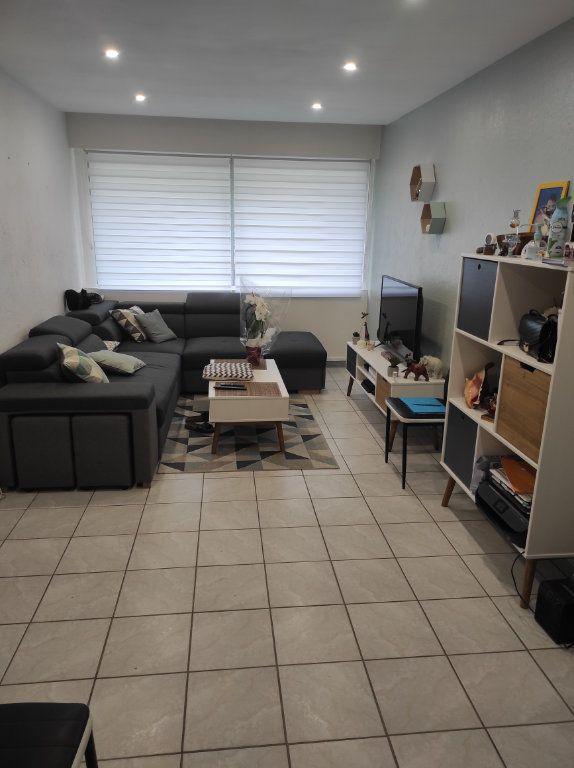 Appartement à louer 3 63.08m2 à Boussy-Saint-Antoine vignette-2