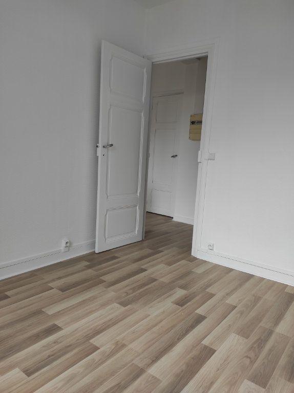 Appartement à louer 2 30.81m2 à La Varenne - Saint-Maur-des-Fossés vignette-6