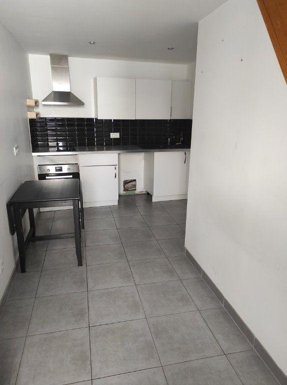 Appartement à louer 1 19.45m2 à Chennevières-sur-Marne vignette-2