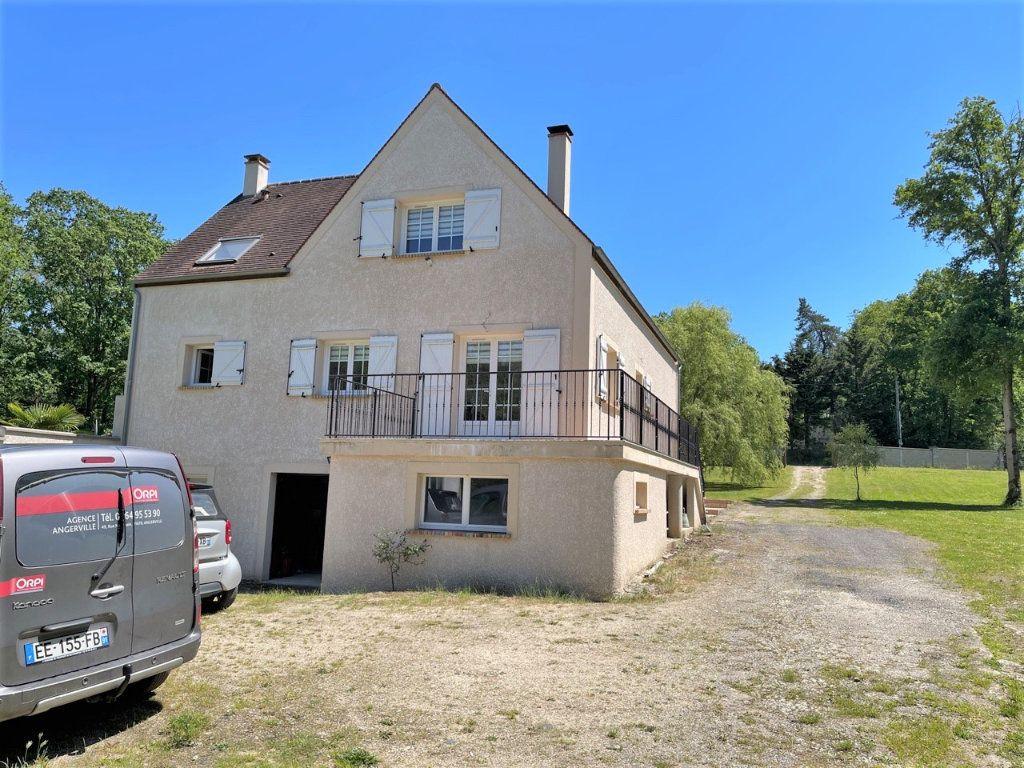 Maison à vendre 5 170m2 à Breuillet vignette-1