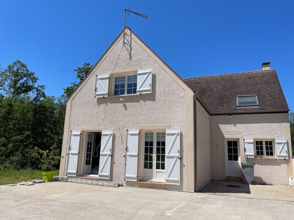 Maison à vendre 5 170m2 à Breuillet vignette-2