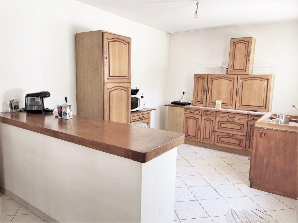Maison à vendre 5 170m2 à Breuillet vignette-5