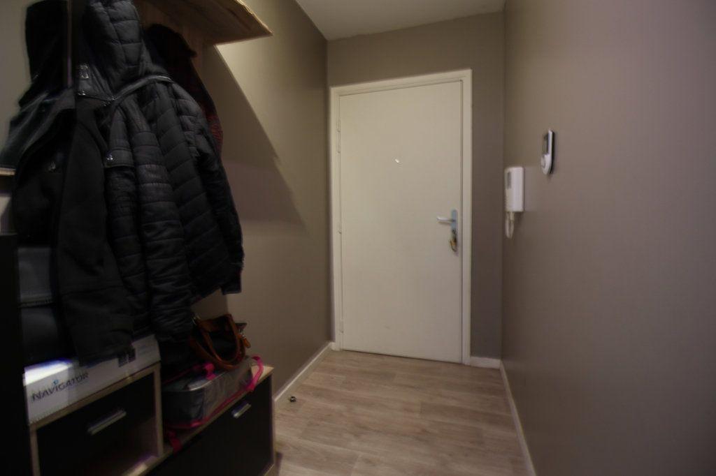 Appartement à vendre 4 78.5m2 à Étampes vignette-7