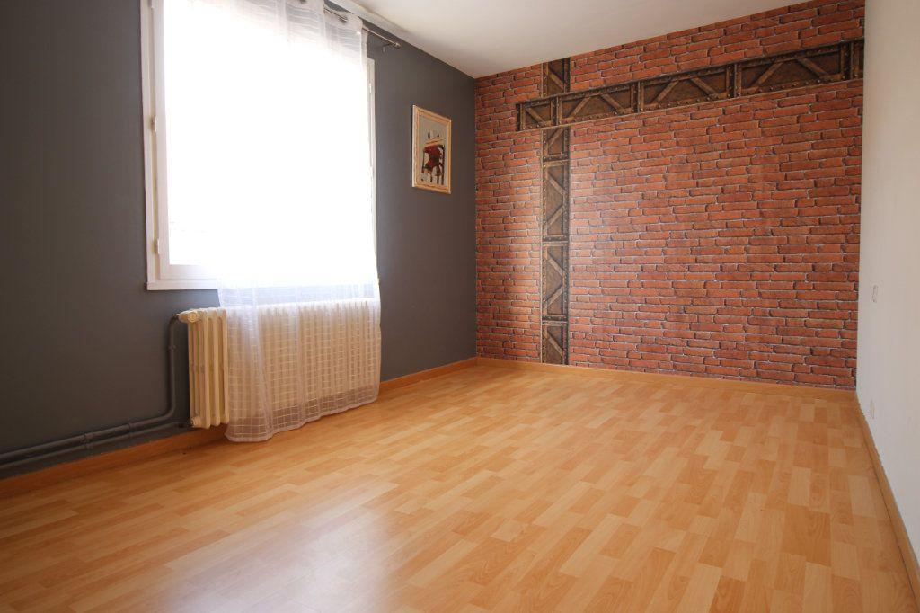 Maison à vendre 4 165m2 à Pithiviers vignette-6
