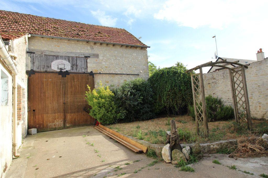 Maison à vendre 4 165m2 à Pithiviers vignette-9