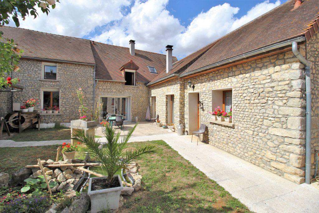 Maison à vendre 7 445m2 à Brières-les-Scellés vignette-2