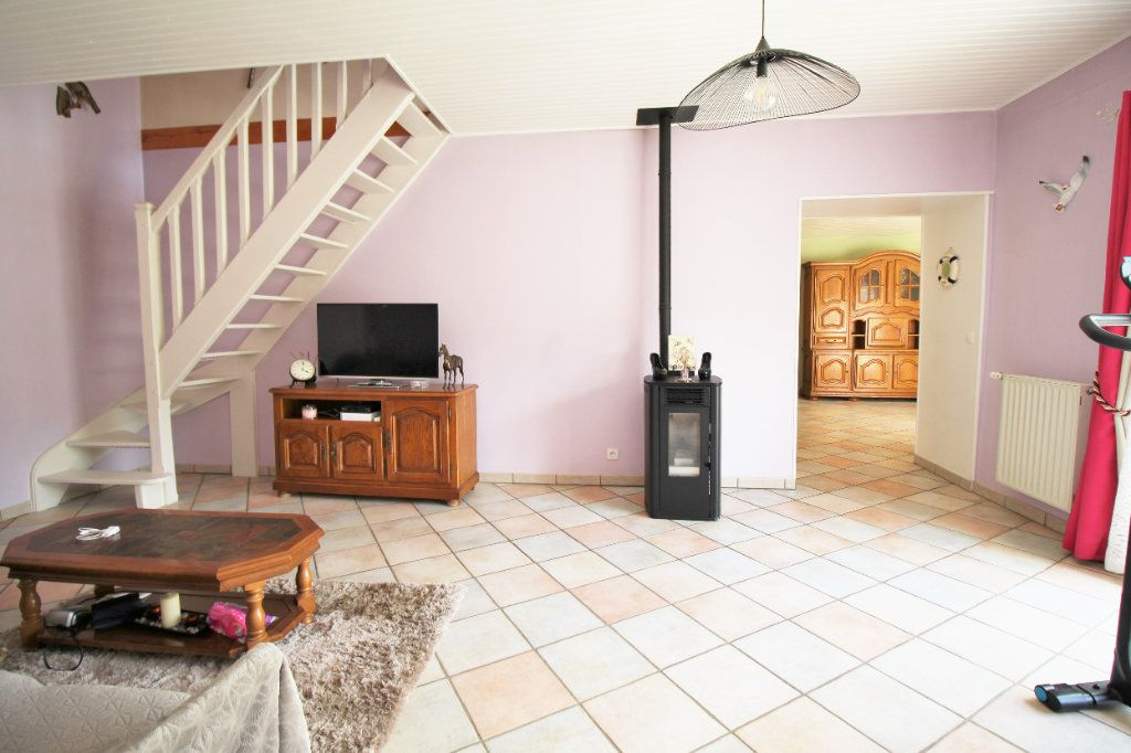 Maison à vendre 7 445m2 à Brières-les-Scellés vignette-8
