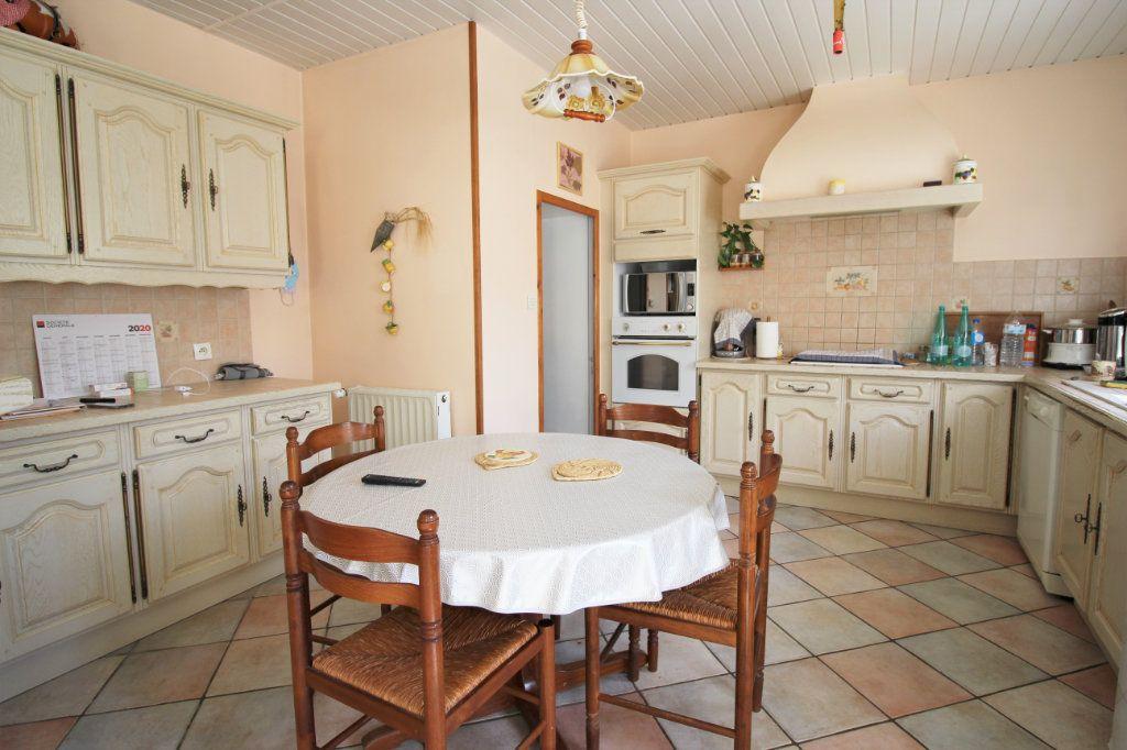 Maison à vendre 7 445m2 à Brières-les-Scellés vignette-10