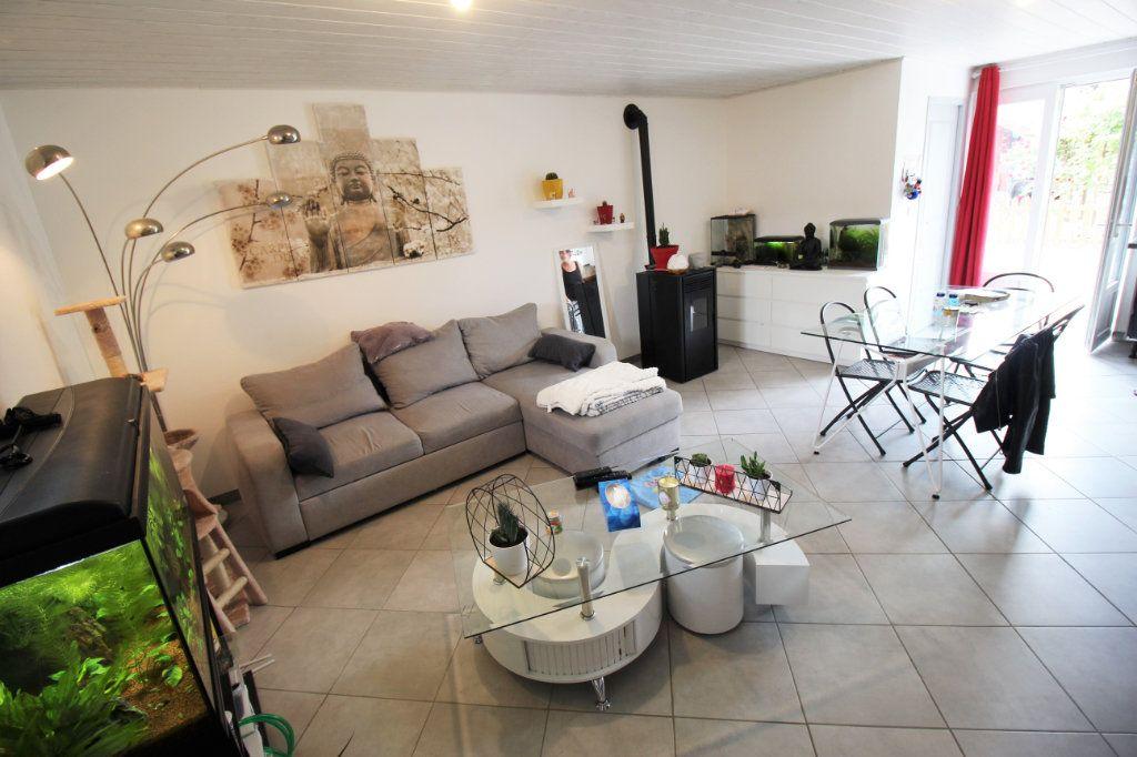 Maison à vendre 7 445m2 à Brières-les-Scellés vignette-13