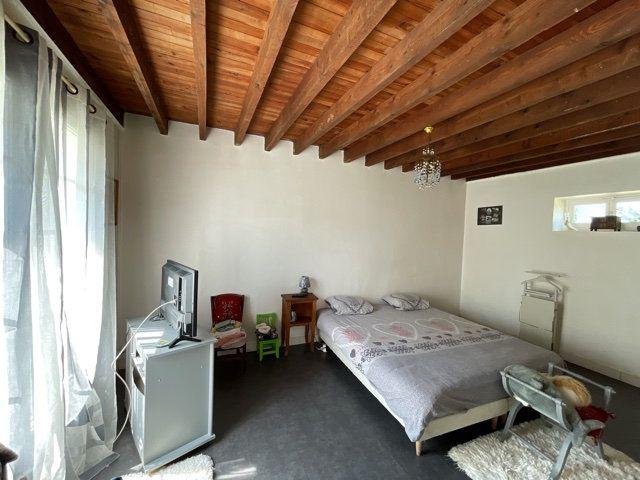 Maison à vendre 8 210m2 à Abbéville-la-Rivière vignette-7
