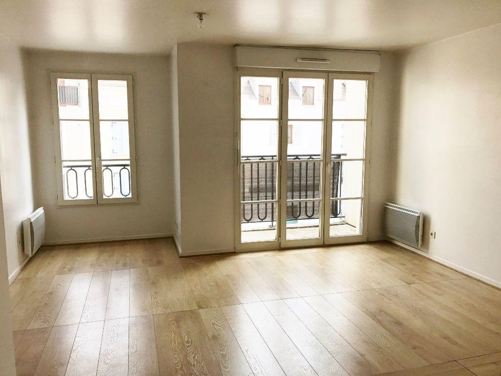 Appartement à louer 2 44.34m2 à Buc vignette-1