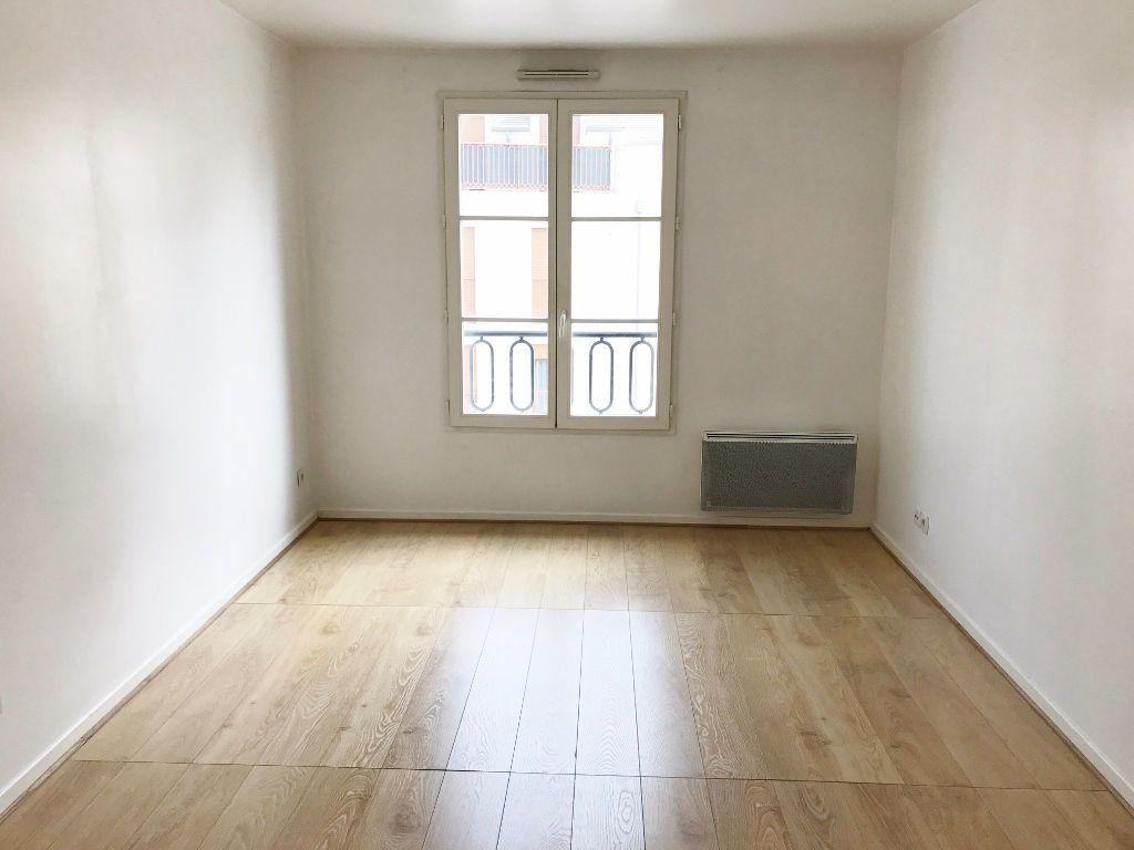 Appartement à louer 2 44.34m2 à Buc vignette-4