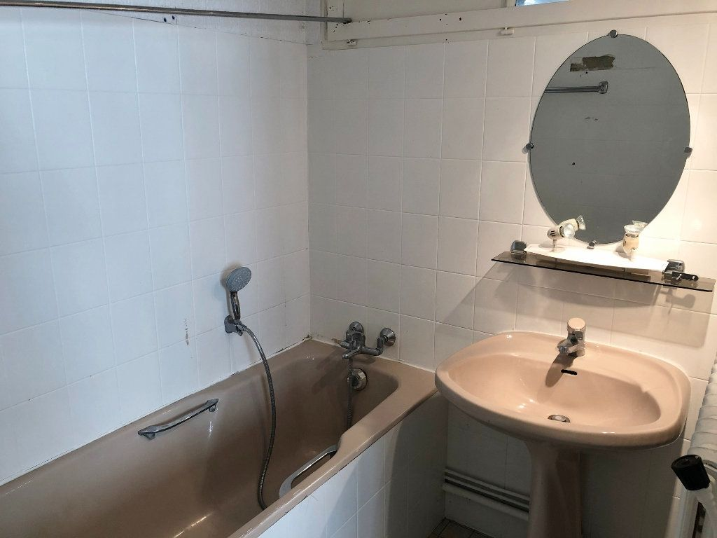 Appartement à louer 2 35.41m2 à Versailles vignette-7