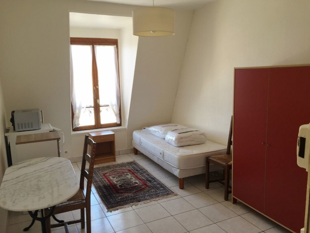 Appartement à louer 1 12.66m2 à Versailles vignette-1