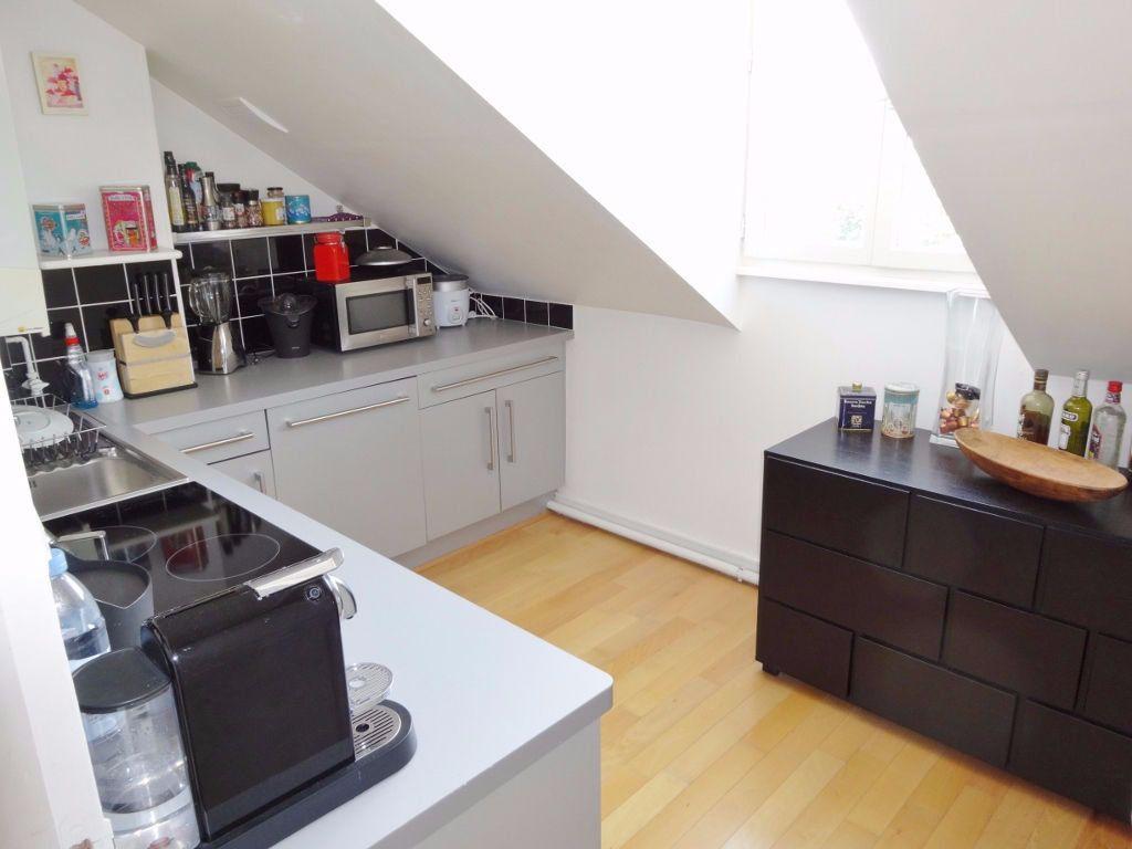 Appartement à louer 2 31m2 à Versailles vignette-2