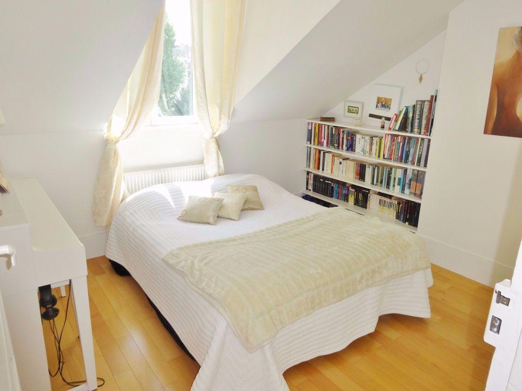 Appartement à louer 2 31m2 à Versailles vignette-3