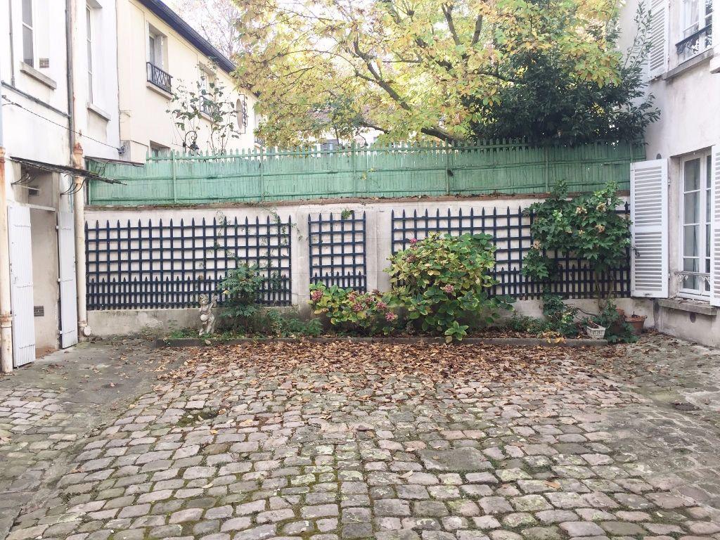 Appartement à louer 3 51.13m2 à Versailles vignette-8
