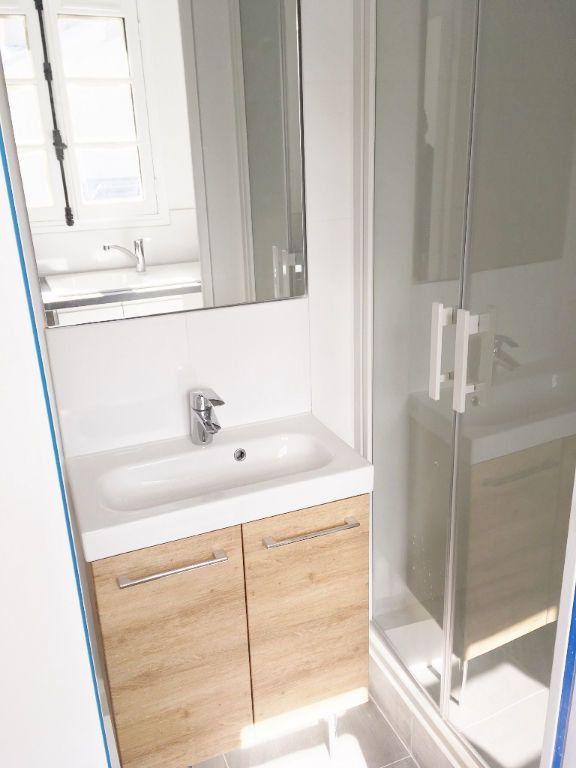Appartement à louer 1 21.12m2 à Versailles vignette-3